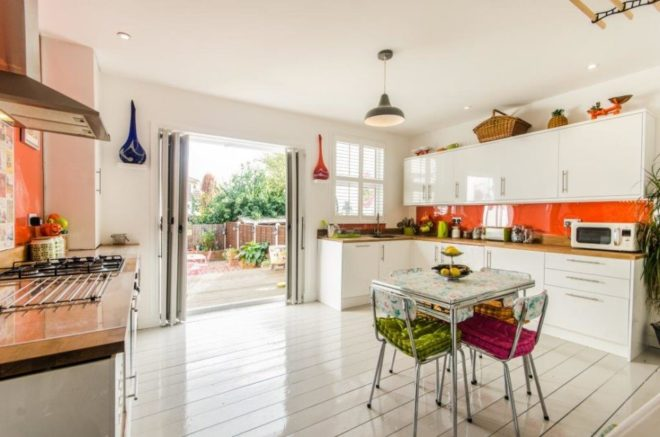 Bright zesty kitchen, NW London